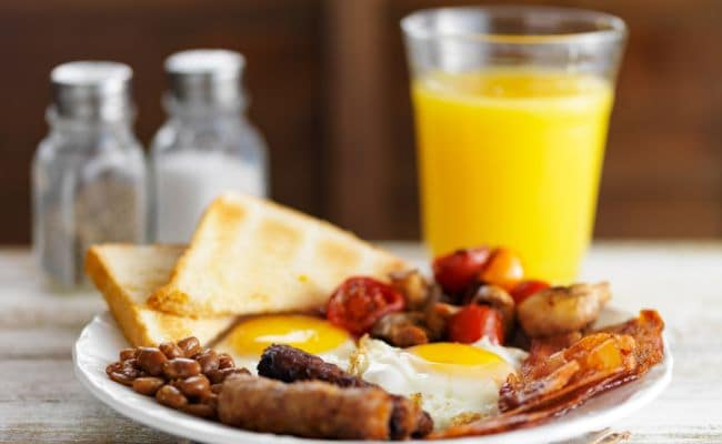 Secret to Lose Weight: Eat Breakfast Like a King!