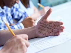 Gujarat 12th Exam में जमकर हुई नकल, 959 छात्रों ने लिखा एक जैसा जवाब, गलतियां भी एक जैसी