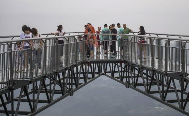 World's Longest Skywalk Has Glass Bottom, 400 Feet Above Gaping Chasm