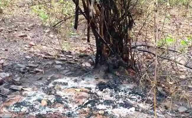 chitrakoot dacoits burnt three hostages alive
