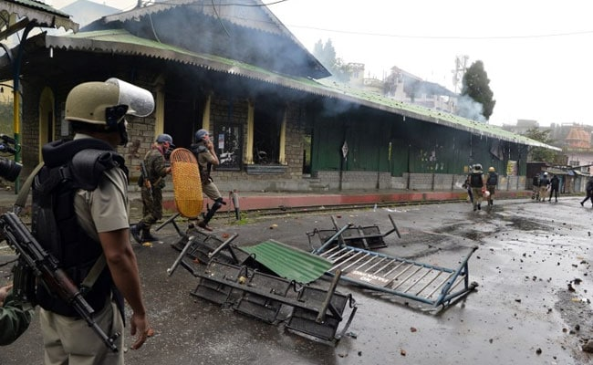 Fresh Violence In Darjeeling, Police Post, Library Set On Fire