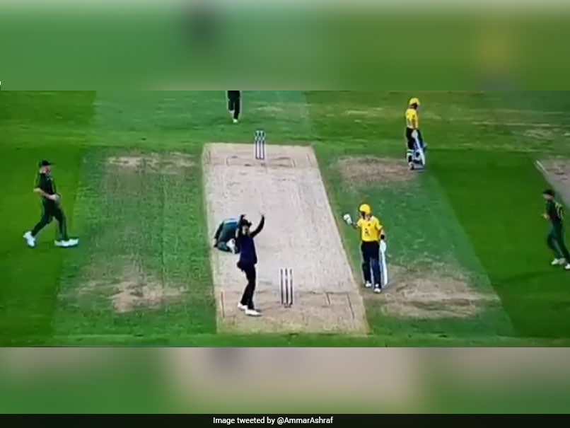 English bowler Fletcher hit on the head