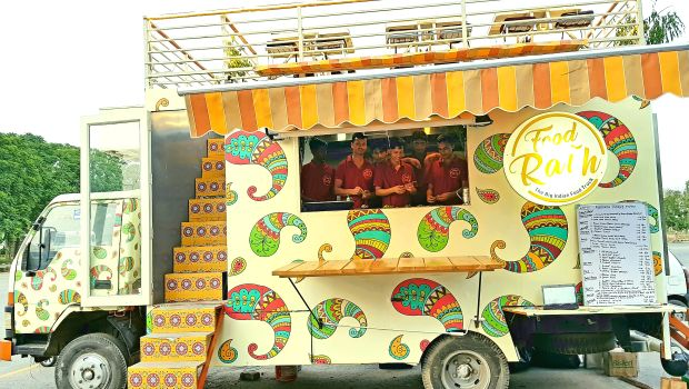 Fancy Rooftop Dining On A Food Truck Foodrath In Gurugram Offers New Experience