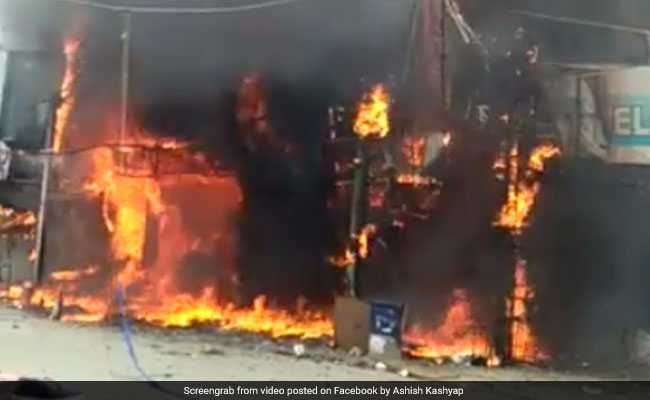 Fire Breaks Out In Gaffar Market In Delhi, No Injuries Reported