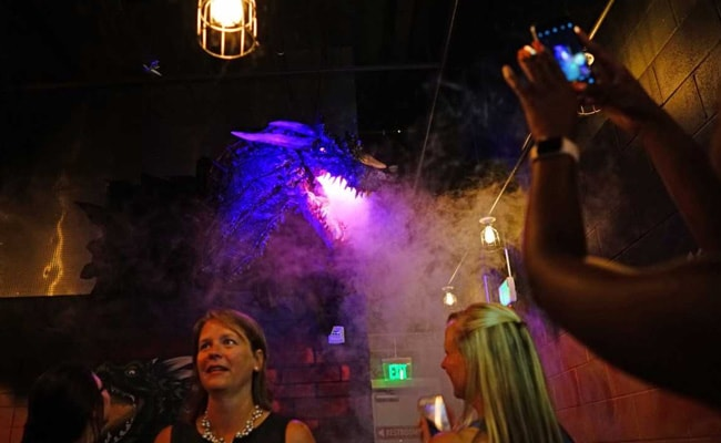 Drinks Meet Dragons At 'Game Of Thrones' Pop-Up Bar
