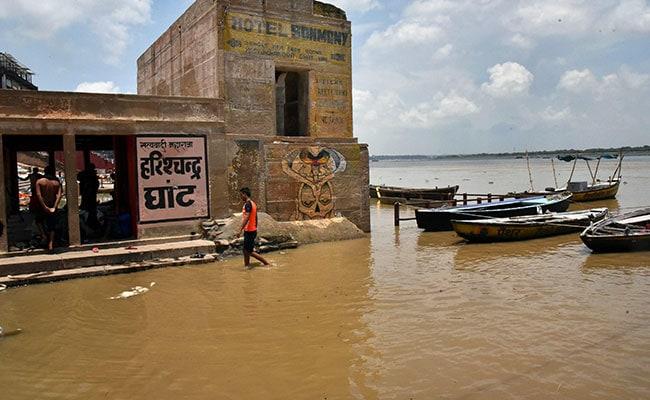Ghaghra, Sharda River Flowing Above Danger Mark In Uttar Pradesh