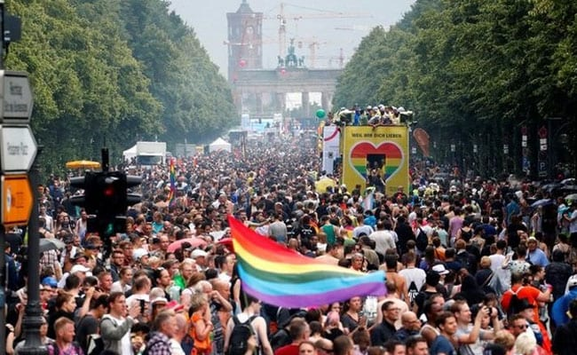 Thousands Dance Through Berlin To Promote Gay And Lesbian Rights