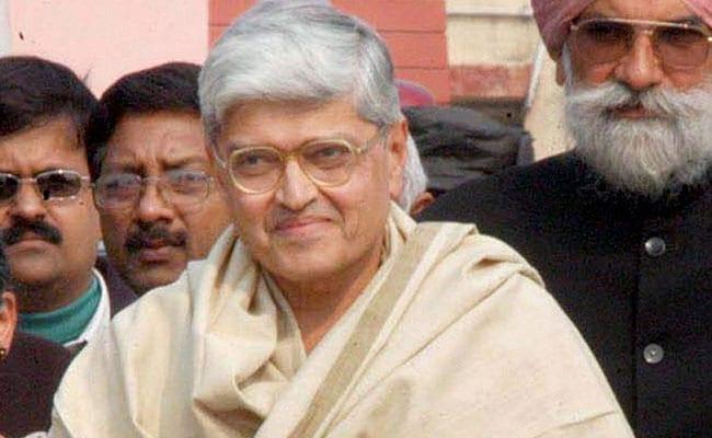 उपराष्ट्रपति चुनाव: ये एकतरफा चुनाव नहीं, संविधान के सिद्धांतों पर आधारित लड़ाई- गोपाल कृष्ण गांधी
