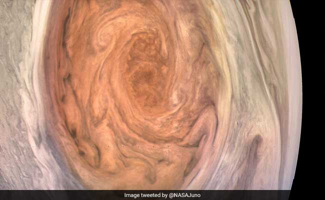 great red spot on jupiter nasa juno image