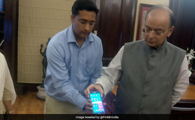 Confused About GST Rates? Arun Jaitley Launches App To Help Users Verify Prices