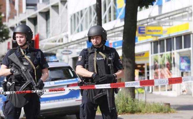 1 Dead, Several Injured In Knife Attack In Germany's Hamburg Supermarket