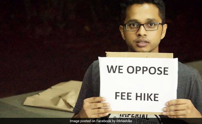 iit bombay students against fee hike 650