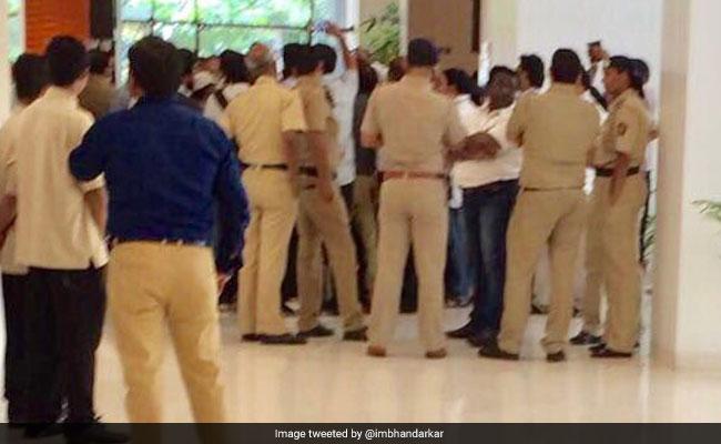 indu sarkar pune event police twitter