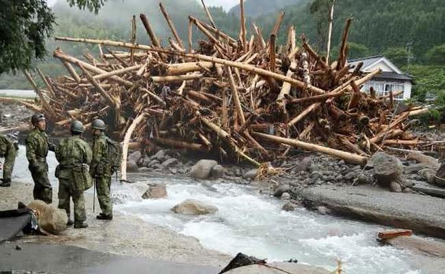 जापान में बारिश और भीषण बाढ़ से मरने वालों की संख्या 15 हुई