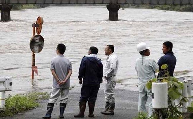 यूपी-बिहार में आसमान से गिरी बिजली, झुलसकर 19 लोगों ने गंवाई जान
