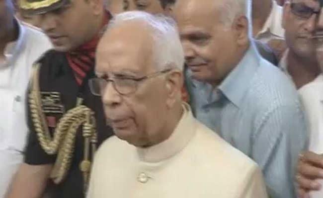 पश्चिम बंगाल के राज्यपाल ने उत्तरी 24 परगना में हुई झड़पों के बारे में गृह मंत्री राजनाथ सिंह को दी जानकारी
