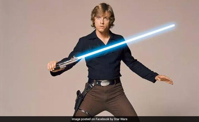 luke skywalker s star wars lightsaber sold for 450 000