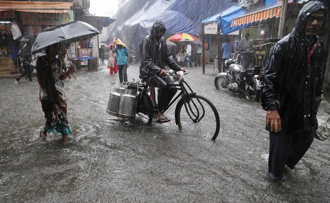 Rains Batter Mumbai, Kolkata; 3 Dead In Gujarat