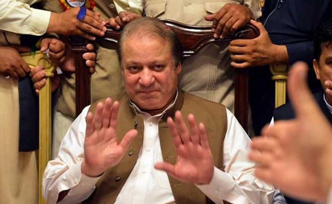 Pakistan PM Nawaz Sharif Disqualified By Supreme Court, Must Step Down