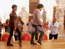 <i>Munna Michael</i>: Watch Nawazuddin Siddiqui Match His Dance Steps With Tiger Shroff