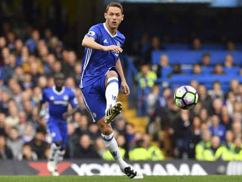 Nemanja Matic Reunited With Jose Mourinho at Manchester United