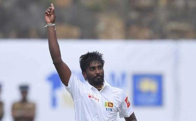 India vs Sri Lanka: कोहली सहित 6 को किया आउट, फिर भी 'फिसड्डी क्लब' में शामिल नुवान प्रदीप