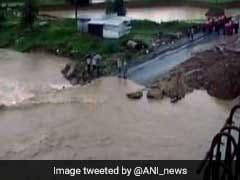 देश भर में मानसून की बारिश का सिलसिला जारी, बाढ़ से आठ लोगों की मौत