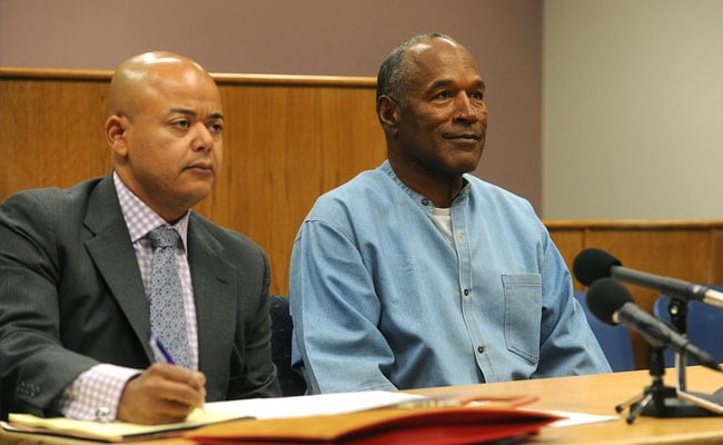 OJ Simpson Gets Parole After 9 Years In Jail For Armed Robbery