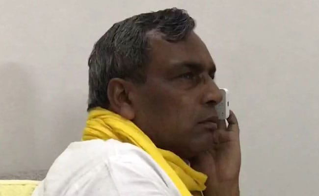 UP Minister Threatens Sit-In If Top Officer Is Not Removed