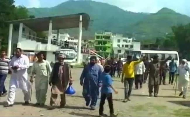 Stuck For A Month, 48 Passengers From Pakistan-Occupied Kashmir Protest