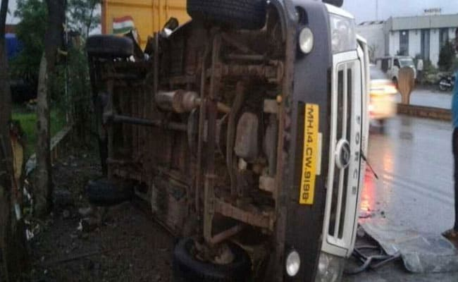 Speeding Tanker Rams Mini Bus, Kills 7 Techies In Pune. Driver Arrested