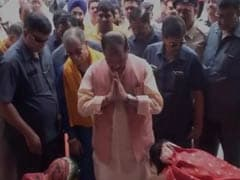 Jharkhand Chief Minister 'Lets' Women Wash His Feet, Activists Hang Him Out To Dry