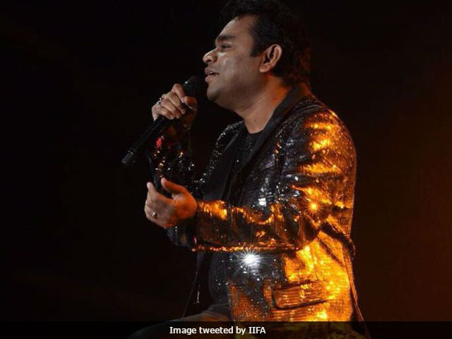 IIFA Awards 2017: A R Rahman Sings Urvasi In Tamil, Audience Chants 'Once More'