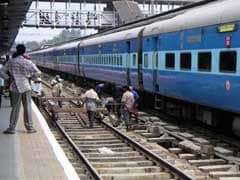 Locals Flag Fracture In Rail Line In UP's Farrukhabad, Mishap Averted