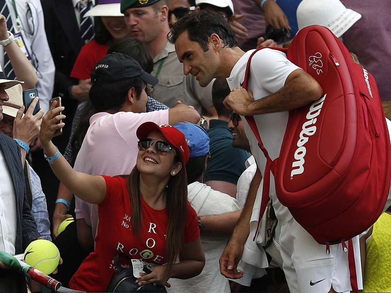 Wimbledon 2017: Roger Federer, Andy Murray Enter Quarters