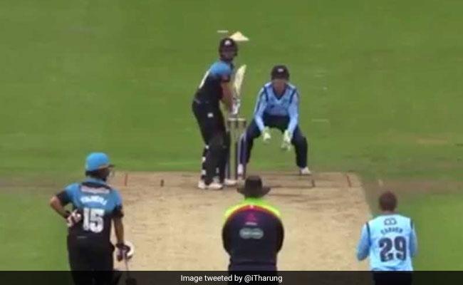 अब इस खिलाड़ी ने लगा दिए एक ही ओवर में 6 छक्के, देखें- Video