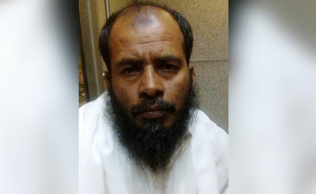 मुंबई एयरपोर्ट से लश्कर-ए-तैयबा का संदिग्ध आतंकी सलीम खान गिरफ्तार