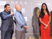 IIFA Awards 2017: Salman Khan Never Forgets Katrina Kaif's Birthday, Sings For Her In New York
