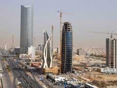 Saudi Budget Deficit Shrinks Due To Higher Oil Prices