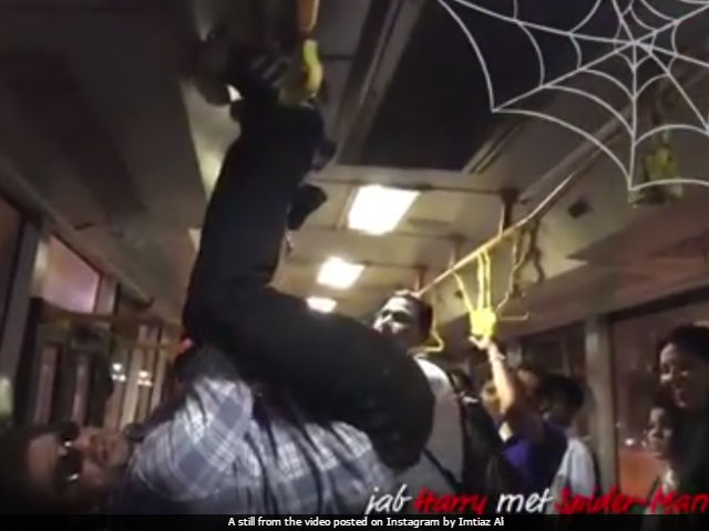 Shah Rukh Khan's Spidey Senses Were Tingling... So He Did This