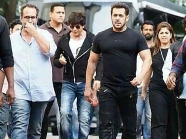 From Shah Rukh Khan To Salman Khan, A Car With Love. See Pic Of Them On Set