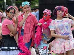 Singapore Gay Pride Rally Draws Thousands Amid New Curbs