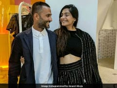 Sonam Kapoor, Fed Up Of Engagement Reports, Tells Media To 'Stop Writing C**p'