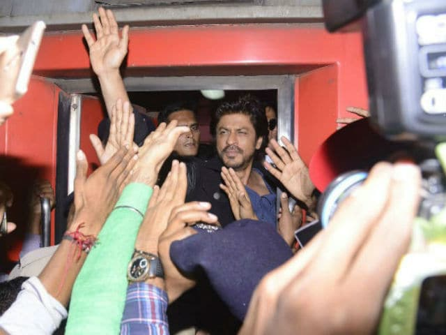 No Action For Now Against Shah Rukh Khan In Raees Promotion Case, Rules Court