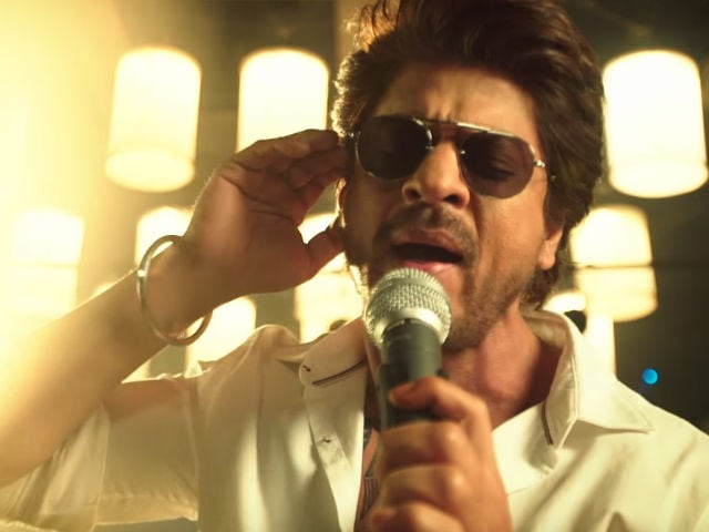 Jab Harry Met Sejal's New Song Safar: Shah Rukh Khan Hits The Road
