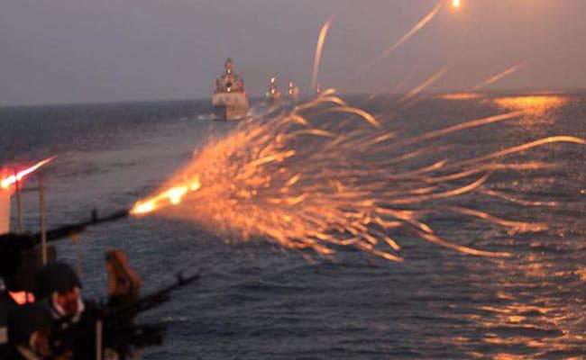 समंदर से आंखें गड़ाए हैं चीन-पाकिस्तान, रिपोर्ट में सामने आई भारतीय नौसेना की खामियां