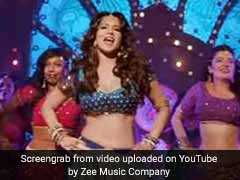 Sunny Leone Accepts Chris Gayle's Dance Challenge, Wins Twitter