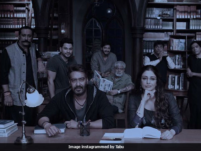Tabu Posts Pic With Ajay Devgn, Because Of Whom She's Still Single