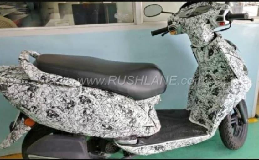 tvs 125 cc scooter spyshot