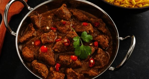 Goan Vindaloo: Secret Tips to Making the Spicy Vindaloo Masala Paste